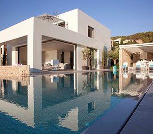 5 Villas, 5 steps from the beach !