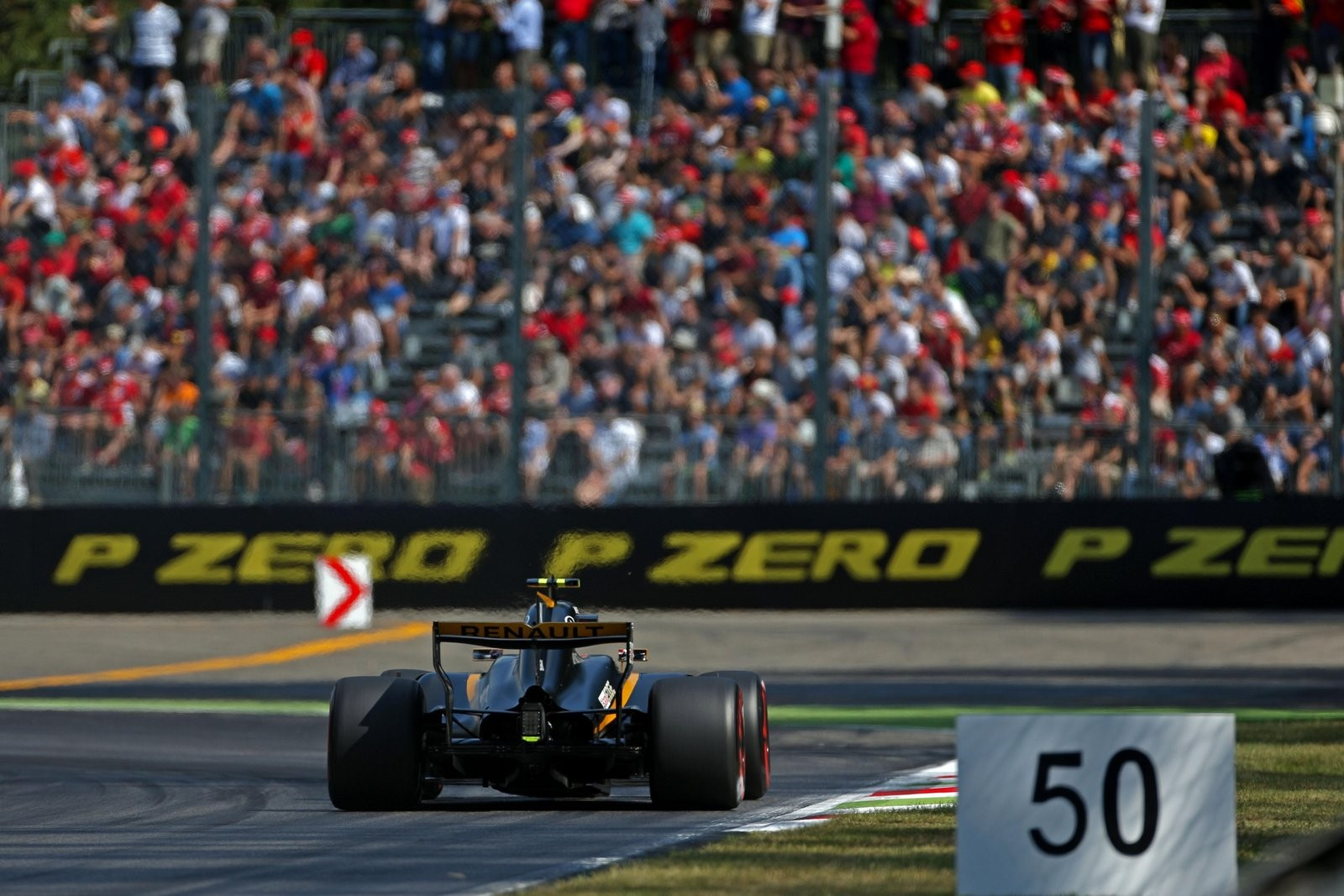 A SUPER VIP F1 EXPERIENCE