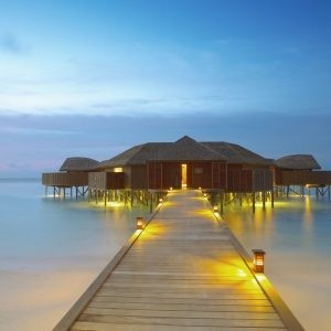 MALDIVE - Atolul Ari -Lily Beach Resort & Spa Huvahendhoo