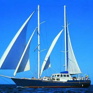 Galapagos Experience - CRUISE ON THE BEAGLE!