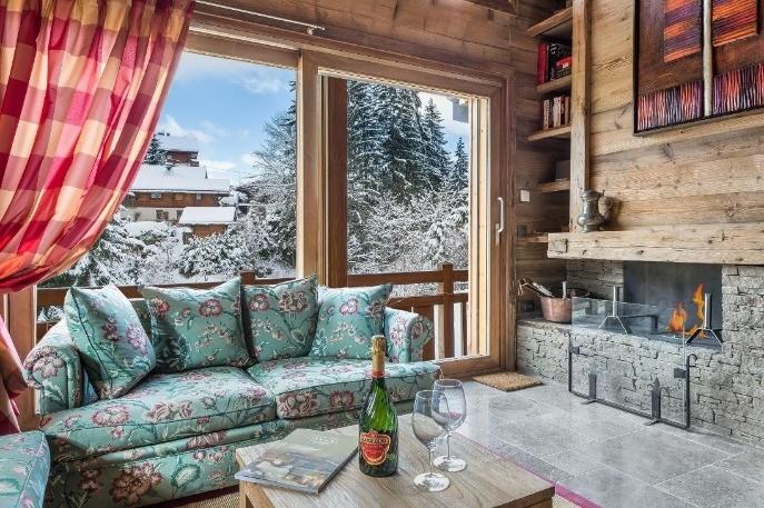 Petreceti intreaga Dvs. vacanta de iarna in Megève